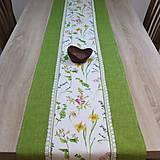 - Lúčne kvety so zelenou - obrus na objednávku - 8662842_