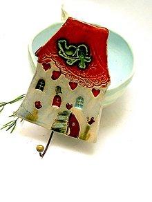 Nábytok - vešiak dom oranžový - 8660709_