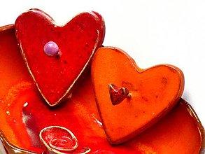 Nábytok - vešiak srdce červené oranžové - 8662306_