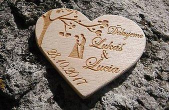 Drobnosti - Drevená magnetke srdiečko 6,5 cm - 8667398_
