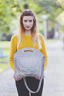 Kabelky - Šedo-zelená taška s popruhom - 8668518_