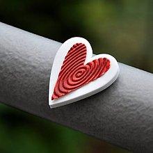 Magnetky - Magnetka Srdce červené na bielom - 8666859_
