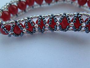 Náramky - červený náramok s magnetickým zapínaním - 8668106_