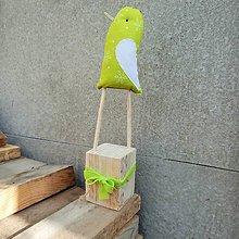 Dekorácie - Ptáčníkovo potěšení - Zeleňáček fosforový - 8668601_