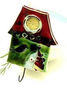 Nábytok - vešiak dom zelený - 8665069_
