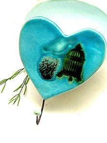 Nábytok - vešiak srdce zeleno tyrkysové - 8665094_