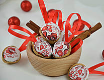 - Folk vianočné oriešky červené - 8665006_