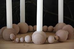 Svietidlá a sviečky - Drevený svietnik - 8669463_