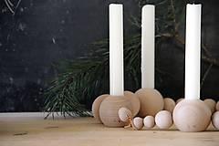 Svietidlá a sviečky - Drevený svietnik - 8669466_
