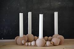 Svietidlá a sviečky - Drevený svietnik - 8669493_