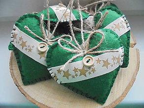 Dekorácie - Zelené vianočné srdiečka - 8669931_