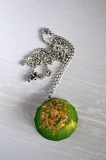 Náhrdelníky - Náhrdelník Zelený amulet (2269 A CHO) - 8671385_