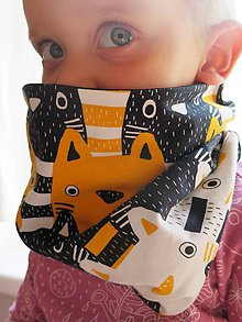 Detské doplnky - nákrčník Zvedavé mačiatka (žltooranžový) - 8670765_