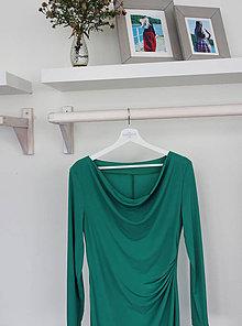 Šaty - Elegantné riasené šaty zelené - 8670508_