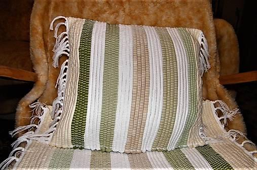 Tkaná bielo-zelená obliečka na vankúš