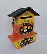 Dekorácie - Poštovní schránka s tubou na noviny-havran - 8677624_