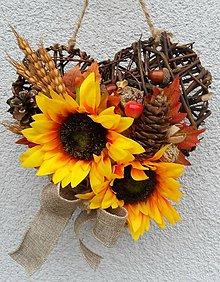 Dekorácie - Jesenné prútené srdce - 8673886_