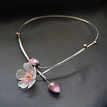 Náhrdelníky - Náhrdelník jabloňové květy - 8676482_