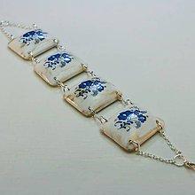Náramky - Drevený náramok – Motív bielo-modrý - 8680095_
