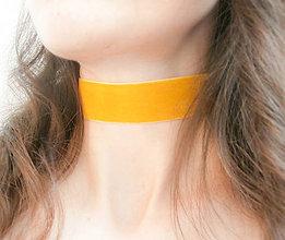 Náhrdelníky - Horčicový medový žltý zamatový choker - náhrdelník obojok - 8678247_
