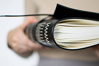Papiernictvo - Ručne viazaný kožený zápisník Nora - 8678720_