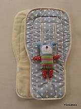 Textil - 100% MERINO wool Podložka do kočíka Bugaboo/ Joolz/ Valco/ Petite and Mars / Britax 100% MERINO Bodka šedá - 8684302_