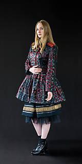 Čierny kabátik s červenou koženkou (na objednávku)
