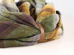 Šály - Jesenný hrejivý nákrčník z ľanu s koženým remienkom - 8683979_