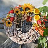 Dekorácie - Jesenný venček na dvere so slnečnicou - 8690335_