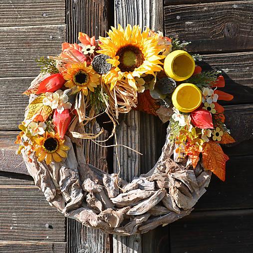 Jesenný venček na dvere so slnečnicou