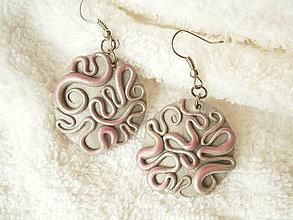 Náušnice - Náušnice z polyméru, ružové hadíky - 8688523_