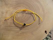 - jednoduchý šnúrkový náramok s Turmalínom - 8688708_