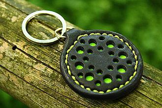 Kľúčenky - kľúčenka s dierkami (Zelená) - 8695060_