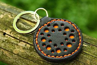 Kľúčenky - kľúčenka s dierkami (Oranžová) - 8695106_