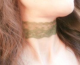 Náhrdelníky - Olivový zelený čipkový choker - náhrdelník obojok - 8694125_