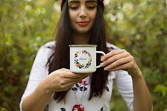 """Nádoby - Smaltovaný hrnček plný lesného ovocia """"ľúbezná"""" alebo """"graceful"""" - 8692756_"""