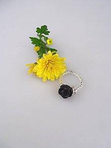 Prstene - ónyx prsteň nočný kvet - 8701118_