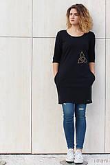 - Šaty s vreckami čierne z teplákoviny M14 IO5 - 8697662_
