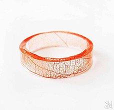 Prstene - Jemný živicový prsteň s červeným listom - 8705742_