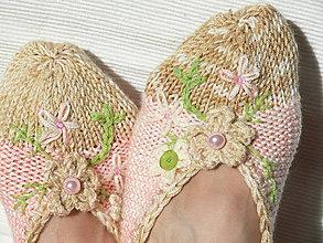 Obuv - Vyšívané dámske papučky - 8707019_