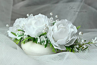 Ozdoby do vlasov - Kvetinový Štvrťvenček s perlami a kryštálikmi - 8707723_