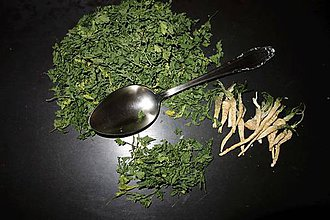 Potraviny - petržlenová vňať - 8711945_