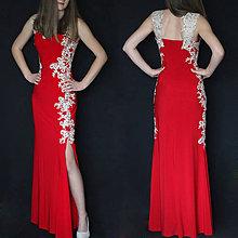 Šaty - Elastické šaty strihu morská panna s krajkovými aplikáciami rôzne farby - 8711530_