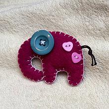 Odznaky/Brošne - Slon africký so srdiečkami - 8719532_