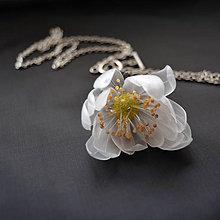 Náhrdelníky - Recy náhrdelník rozvíjajúca sa kvetina - 8719234_