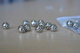 Korálky - Korálka tibetská 8mm, 0.30€/ks - 8715475_