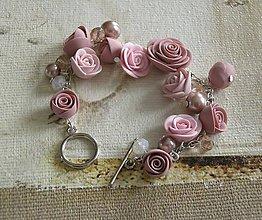 Náramky - Náramok - Prechádzka ružovou záhradou - 8717016_