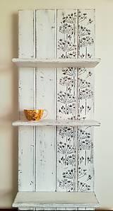 Biela polička - kvetinky 2