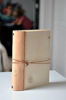 Papiernictvo - zápisník - kombinácia drevo + koža WOODI - 8728277_