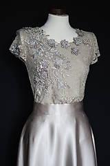 Šaty - Spoločenské šaty s krajkovým živôtikom vyšívaným korálkami rôzne farby - 8727592_